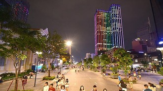 Phố đi bộ Nguyễn Huệ, TPHCM. Ảnh: VIỆT DŨNG