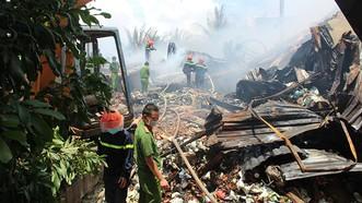 該起火警被熄滅後的現場一片狼藉。(圖源:黎郎)