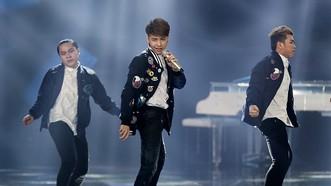 男歌手諾福盛曾被某廚師在社交網上誹謗,但後來已刪除相關內容。