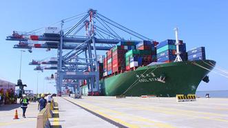 Tháo gỡ chi phí ngất ngưởng cho các nhà vận chuyển