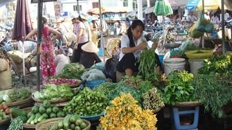 Hà Nội hiện có 454 chợ, chiếm khoảng 60% tổng mức lưu chuyển hàng hóa toàn thành phố