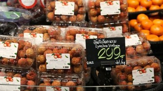 Litchi shelved at Thai Tops market