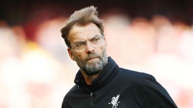 HLV Jurgen Klopp sớm phải phiền lòng vì mùa giải mới. Ảnh: Getty Images