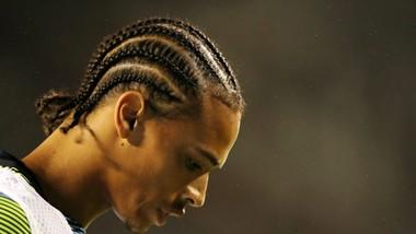 Leroy Sane thay đổi kiểu tóc, nhưng quan trọng nhất anh cần là thay đổi tâm lý. Ảnh: Getty Images