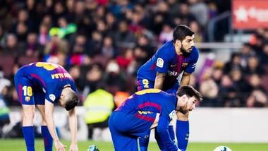 Suarez đã không thể tận dụng được những gì Messi tạo ra. Ảnh: Getty Images