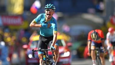 Magnus Cort ăn mừng chiến thắng