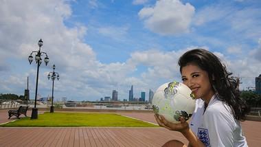 """Hot girl Bích Ngọc dự đoán """" Tuyển Anh đại thắng trong trận gặp Panama"""""""