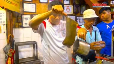 """Tìm """"hương..."""" cà phê vợt giữa Sài Gòn"""