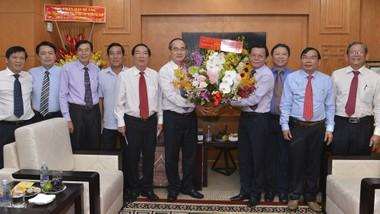 Lãnh đạo TP thăm & chúc mừng Báo SGGP nhân ngày Báo chí Cách mạng Việt Nam
