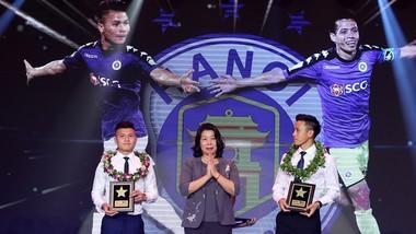 Quang Hải trong đêm Gala trao giải mùa bóng 2018. Ảnh: MINH HOÀNG