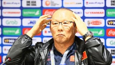 HLV Park Hang-seo tại buổi họp báo sau trận đấu. Ảnh: HOÀNG HÙNG
