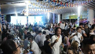 2.000 người tham gia lễ hội bia Đức tại Đà Nẵng