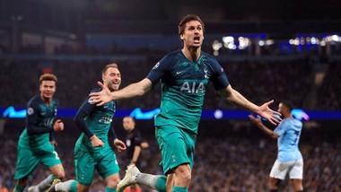 Fernando Llorente ghi bàn giúp Tottenham loại Man.City ở Chamopions League mùa qua. Ảnh: Getty Images
