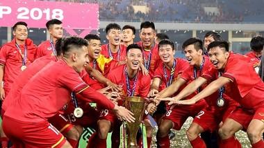 ĐT Việt Nam hồi hộp chờ đối thủ ở vòng loại hai World Cup 2022. Ảnh Minh Hoàng