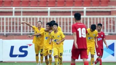 Thanh Hóa bất ngờ giành chiến thắng 2-1 trước HA.GL. Ảnh: ANH KHOA