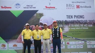 Các tay golf đã thi đấu tranh tài tại giải. Ảnh: PHẠM ĐĂNG