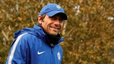 Conte tươi cười khi triệu tập 4 cầu thủ trẻ lên đội hình 1