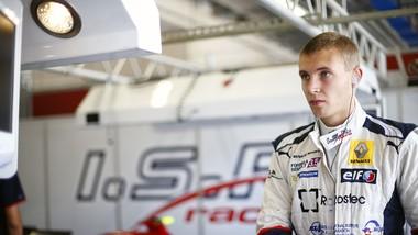 Sergei Sirotkin là ứng viên hàng đầu cho vị trí còn lại của đội đua Williams