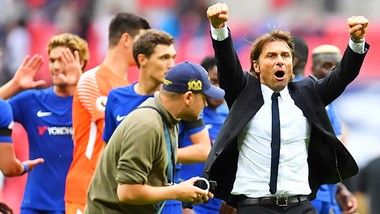 HLV Conte đã có thể lặp lại hình ảnh ăn mừng mạnh mẽ của mình