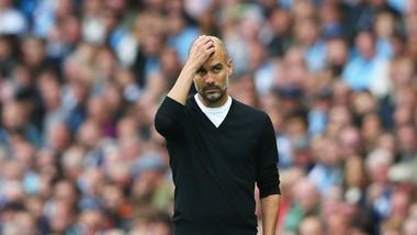 HLV Pep Guardiola tin rằng không thể bại trong trong suốt mùa giải. Ảnh: Getty Images