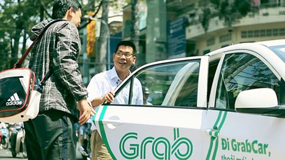 Electronic-contract cars suggested to be classified as electronic taxi