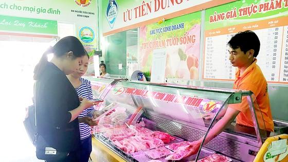 Giá thịt heo tăng, chất lượng không tăng
