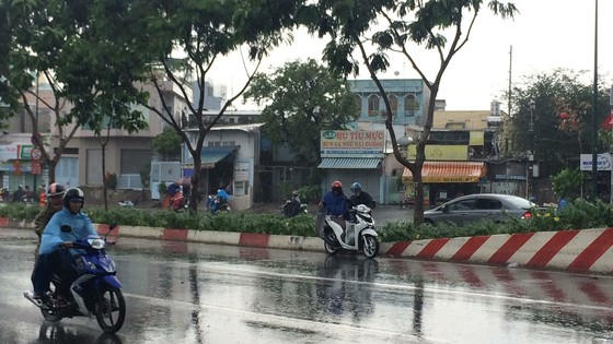 Cold front triggers rain in HCMC