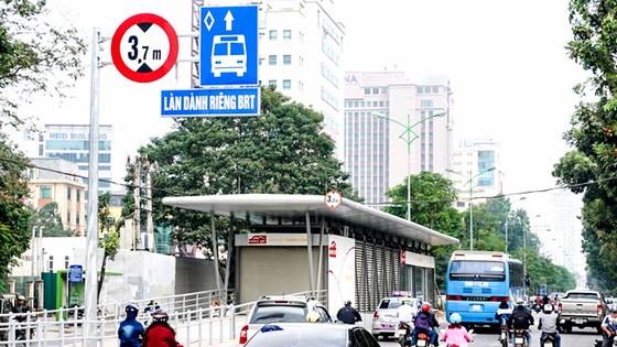 """Quy trách nhiệm BRT Hà Nội """"chết yểu"""""""
