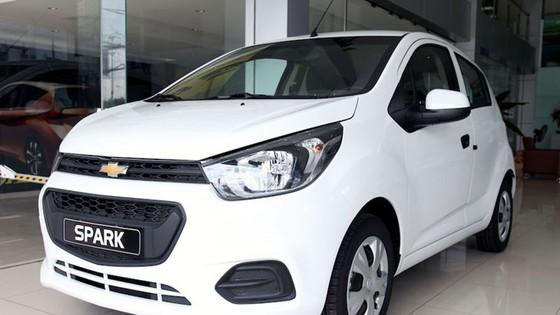 Hơn 2.000 ôtô nhập về Việt Nam trong 1 tuần