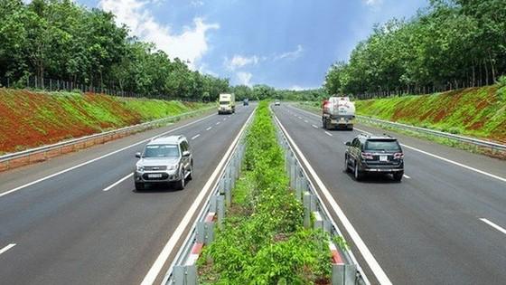 Đề xuất tháo gỡ vướng mắc huy động tín dụng dự án cao tốc Bắc - Nam