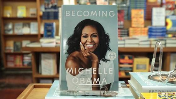 """Hồi ký """"Becoming"""" của cựu Đệ nhất Phu nhân nước Mỹ Michelle Obama sẽ xuất bản tại Việt Nam"""