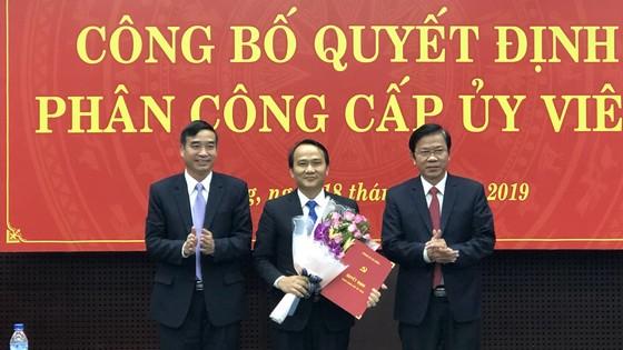 Ông Nguyễn Đình Vĩnh được điều động, phân công làm Bí thư quận ủy Ngũ Hành Sơn. Ảnh: NGUYÊN KHÔI