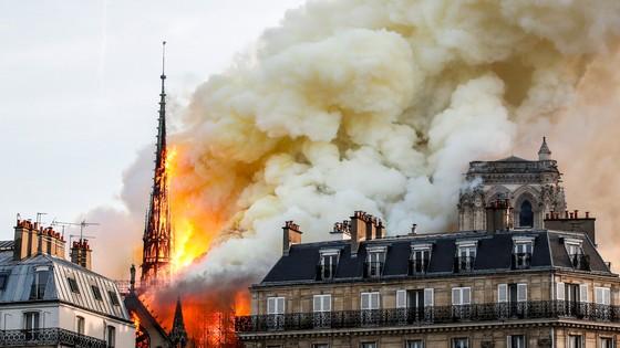 Nhiễm độc chì vụ cháy  nhà thờ Đức Bà Paris