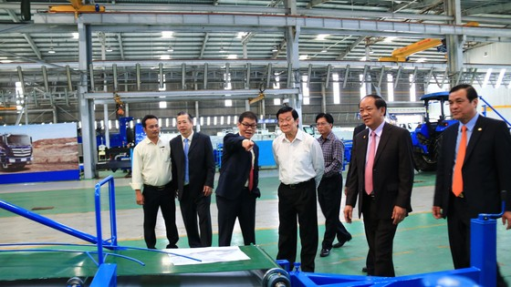4,5 tỷ đồng mua máy lọc nước trao tặng cho 49 trường học huyện Núi Thành
