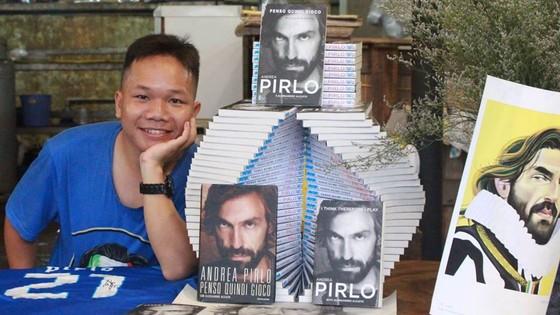 Tác giả và Tự truyện Pirlo in tại Việt Nam