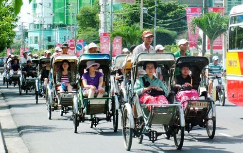Du lịch phát triển người dân phải được hưởng lợi