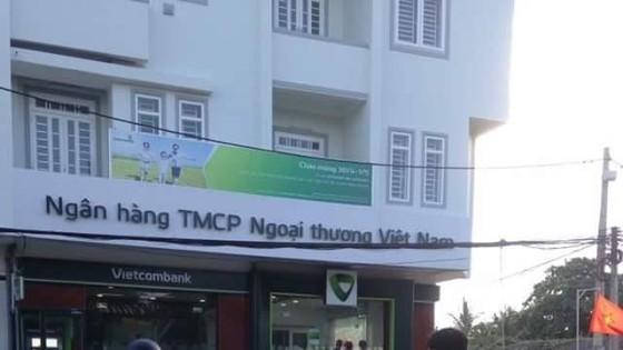 Ngân hàng Vietcombank chi nhánh thị xã Duyên Hải, nơi xảy ra vụ cướp.