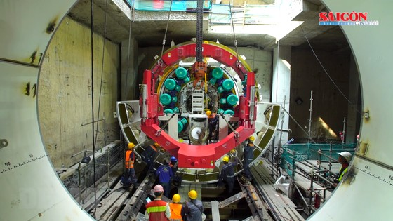 Robot TBM đào đường hầm cho tuyến Metro số 1