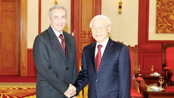 Tổng Bí thư Nguyễn Phú Trọng tiếp đồng chí Jose Ramon Balaguer Cabrera