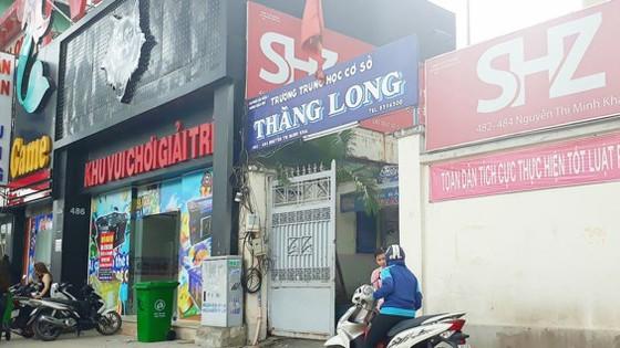 Tiệm game V2 nằm sát vách Trường THCS Thăng Long