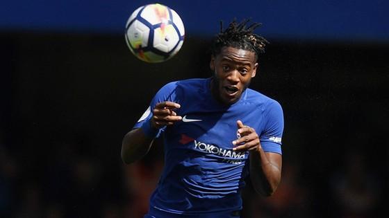 Người của Chelsea được săn đón