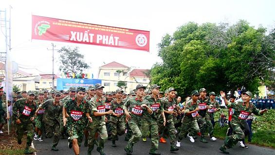 Gần 1.500 VĐV đã tham dự giải việt dã.