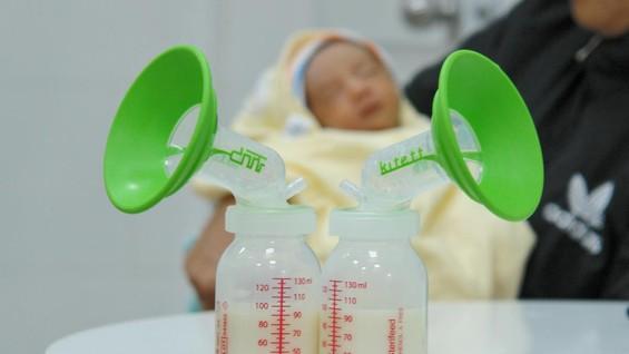 Sữa mẹ hiến tặng được sàng lọc nghiêm ngặt  nhằm đảm bảo nguồn sữa mẹ an toàn tuyệt đối