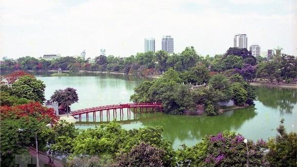 A view of Hoan Kiem Lake (Photo: VNA)