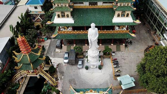 """萬德寺被公認為""""越南最高正殿寺廟""""。"""