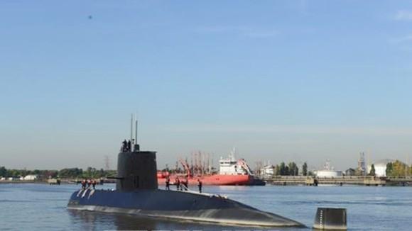 Tàu ngầm ARA San Juan cập cảng ở Buenos Aires năm 2014. Ảnh: TTXVN