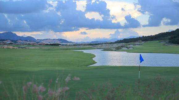 Dự án sân Golf KN Paradise