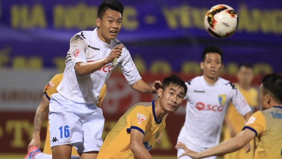 Thanh Hóa - Hà Nội 2-3: Samson, Quang Hải lập công, Thành Chung ấn định chiến thắng