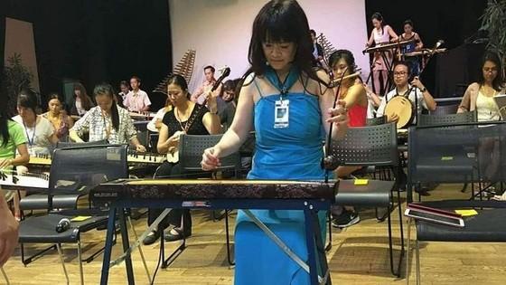 清黎藝人正排練,為在法國舉辦的民族樂器演奏會作好準備。