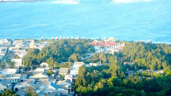 A view of Phu Quy Island